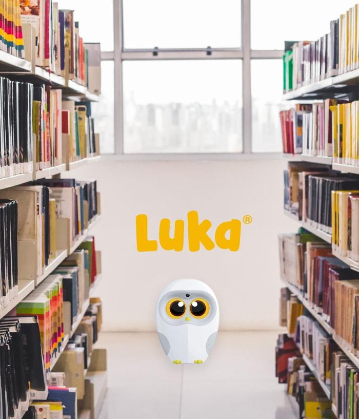 luka in der bibliothek